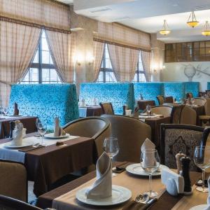 Рестораны, кафе, бары - 106