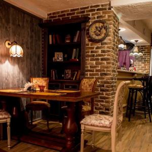 Рестораны, кафе, бары, Европейская кухня - Абажур