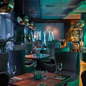 Рестораны, кафе, бары, Европейская кухня - Атмосфера