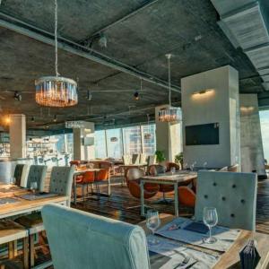 Рестораны, кафе, бары, Европейская кухня - АВИАТОР