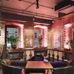 Рестораны, кафе, бары, Европейская кухня - Бар Би Кью Кафе (Пятницкая)