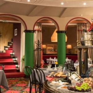 Рестораны, кафе, бары, Кавказская кухня - Чайковский в Тифлисе