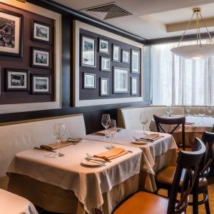 Рестораны, кафе, бары, Американская кухня - Чикаго Гриль и Бар