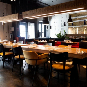 Рестораны, кафе, бары, Американская кухня - Чинук