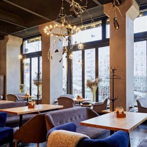 Рестораны, кафе, бары, Европейская кухня - Дилли