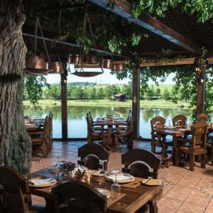 Рестораны, кафе, бары - Fish Point на Симферопольском шоссе