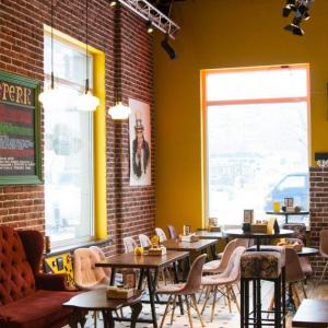 Рестораны, кафе, бары, Американская кухня - Френдс (Краснобогатырская ул.)