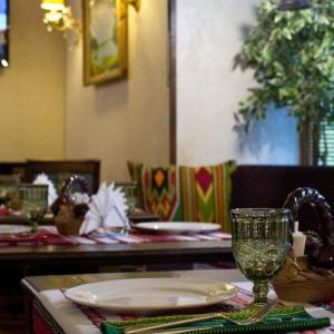 Рестораны, кафе, бары, Славянская кухня - Хата