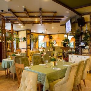 Рестораны, кафе, бары, Средиземноморская кухня - Италония