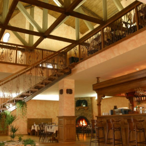 Рестораны, кафе, бары, Европейская кухня - Иверия