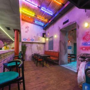 Рестораны, кафе, бары - Неон Манки