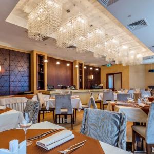 Рестораны, кафе, бары, Европейская кухня - Райкин Плаза
