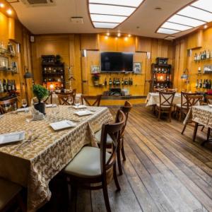 Рестораны, кафе, бары, Европейская кухня - Ривер клаб