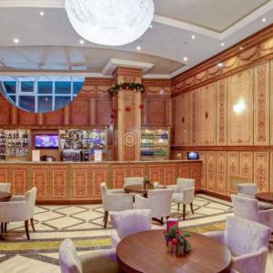 Рестораны, кафе, бары, Европейская кухня - Ройал