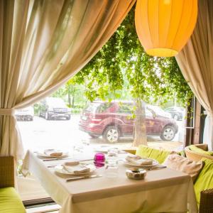 Рестораны, кафе, бары, Русская кухня - Татлер Клаб