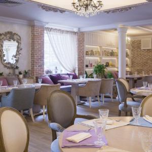 Рестораны, кафе, бары, Европейская кухня - Виладжио