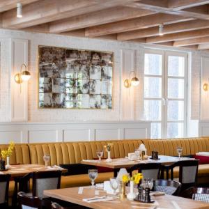 Рестораны, кафе, бары, Европейская кухня - Вилла Политика