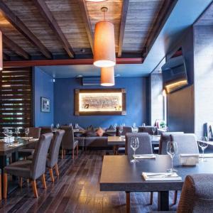Рестораны, кафе, бары - Винил