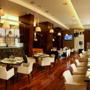 Рестораны, кафе, бары, Европейская кухня - Вителло