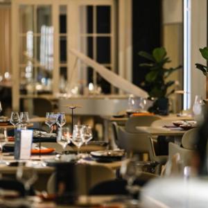 Рестораны, кафе, бары, Европейская кухня - YURA