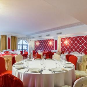 Рестораны, кафе, бары, Европейская кухня - Зе Румс