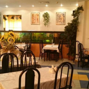 Рестораны, кафе, бары, Восточная кухня - Зеленый мыс