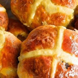 Абрикос - Английские пасхальные булочки Крестовые