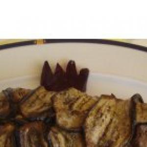 Язык - Баклажанный рулет с рыбным филе и овощами