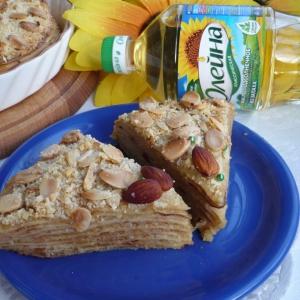 Миндаль - Блинный торт с яблочно-миндальной начинкой