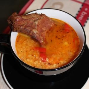 Чечевица - Чечевичный суп с копченым антрекотом