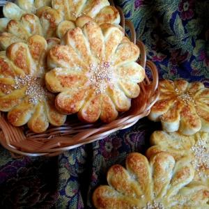 Дрожжевые булочки с кокосовой начинкой