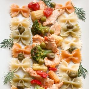 Фарфалле с неаполитанским томатным соусом