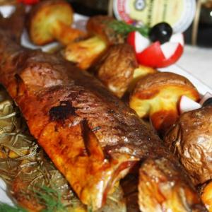 Рыба - Голец, запеченный с грибной картошечкой