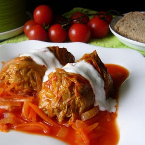 Рубленое мясо (фарш) - Голубцы в томатном соке в мультиварке