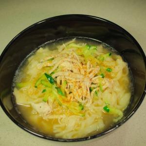 Рецепты корейской кухни - Калькуксу-куриный суп с лапшой