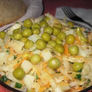 Вегетарианская кухня - Картофельный салат с квашеной капустой
