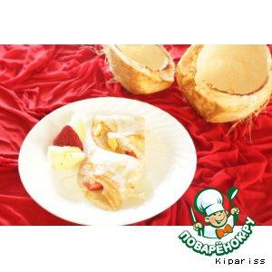 Фрукты - Кокосовые блины с ананасом и клубникой