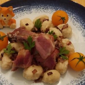 Рецепты латышской кухни - Копченые ребрышки с клецками Ужин батрака