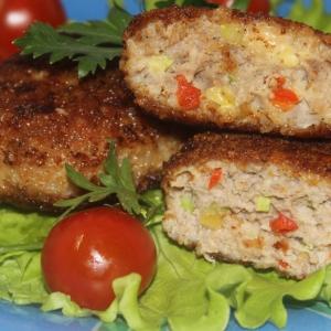 Рубленое мясо (фарш) - Котлеты с из мяса с овощами