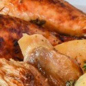 Сморчки и строчки - Курица, запеченная с картофелем и грибами
