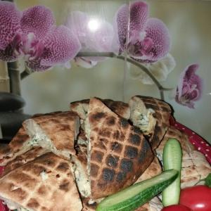 Рецепты кавказской кухни - Лаваш грузинский на мангале с сыром
