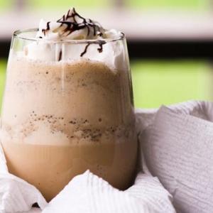 Йогурт - Летний кофейный смузи