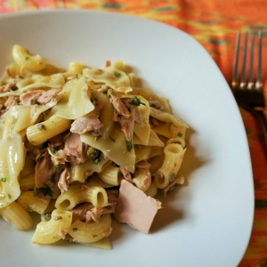 Анчоус - Лимонный салат из пасты и тунца