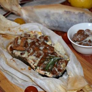 Запеченная рыба - Лосось с грибами в сливочном соусе