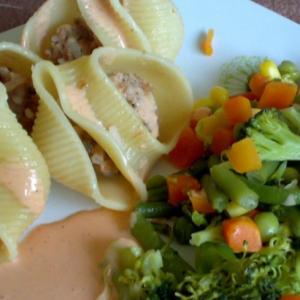 Лумакони с овощами