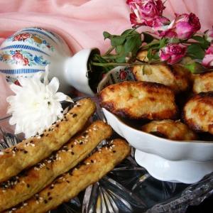Ананас - Мадленки с ананасом и палочки с луком