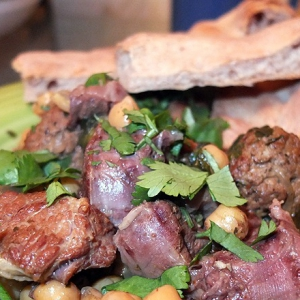 Тушеное мясо - Магрибский чолнт или медфуна