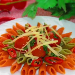 Острые блюда - Мецце Пенне Триколор с острым соусом