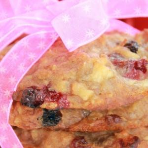 Брусника - Медовое печенье с хлопьями, яблоком, изюмом и брусникой