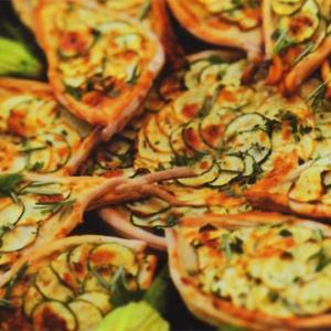 Рецепты для миксера - мини-пицца с кабачками